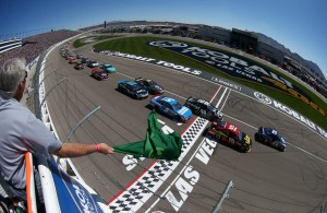 The green flag waves for the Kobalt Tools 400 at Las Vegas in 2013. [Photo credit Getty Images]