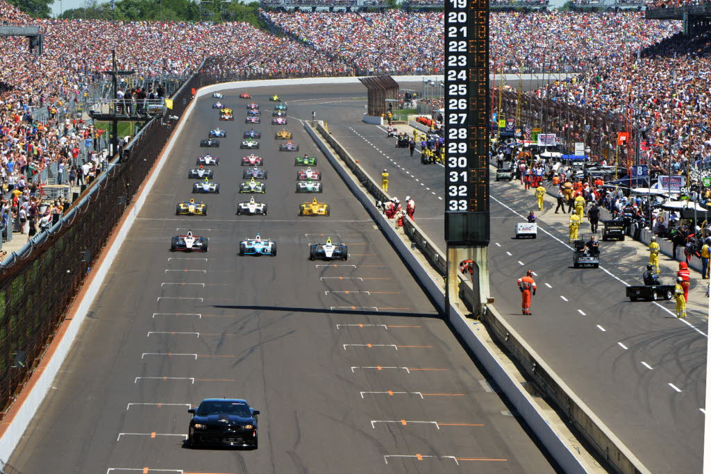 How Many Laps In Indy 500 >> Pace Lap Ready To Start The Indy 500 Russ Lake Photo