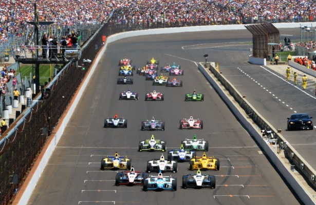 James Hinchcliffe leads the field at the start of the 98th Indy 500.  [Russ Lake photo]
