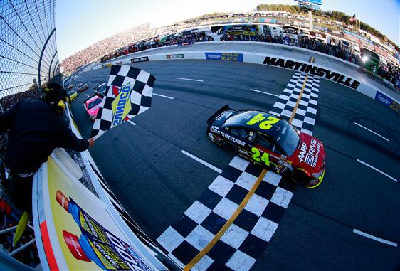Jeff Gordon took the win in the 2013 fall race at Martinsville, can he do it again in 2014?  [Chris Trotman/NASCAR via Getty Images]