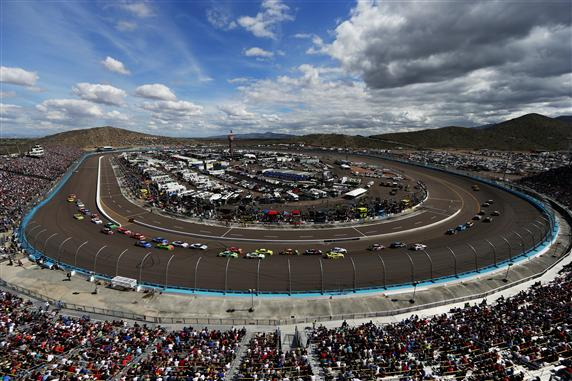Harvick completely at east in must-win situation at Phoenix
