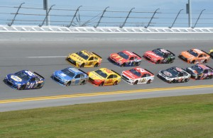Polesitter Chase Elliott leads the opening lap of the Daytona 500. [Russ Lake Photo]
