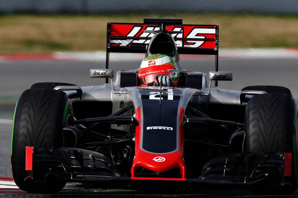 Esteban Gutiérrez ran the Haas F1 Team VF-16 for the first time at the Circuit de Barcelona. [Photo credit: LAT Photographic]