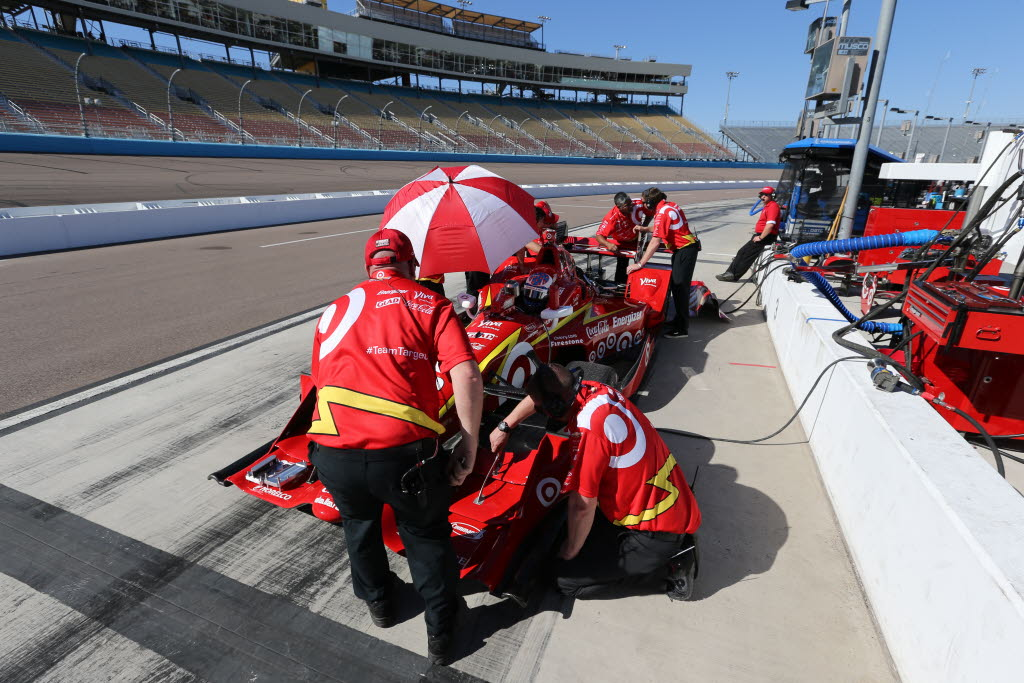 The Chip Ganassi Racing crew get Scott Dixon's No. 9 Chevrolet prepped prior to the open test session at Phoenix International Raceway. [Photo by: Chris Jones]