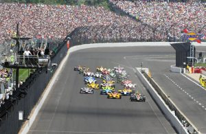 The start of the 100th running of the Indianapolis 500. [Russ Lake Photo]
