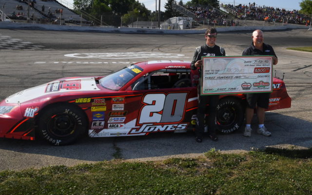 Erik Jones was the fast qualifier at Slinger Speedway for the Nationals.  [Russ Lake Photo]