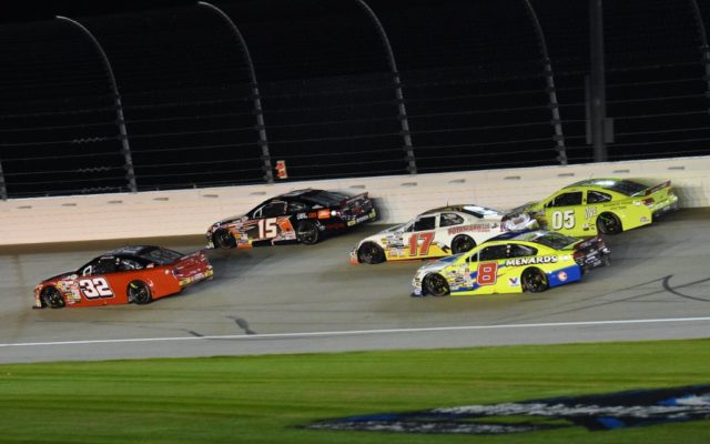 Shane Lee (32), Christopher Bell (15), Ty Majeski (17), Brandon Jones (8) and John Wes Townley (05) exciting three wide going into turn 1.   [Kim Kemperman Photo]