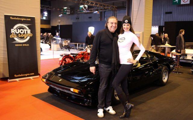 Stefano Aleotti alongside a 1976 Ferrari 308  [(c) Studiobergonzini.com]