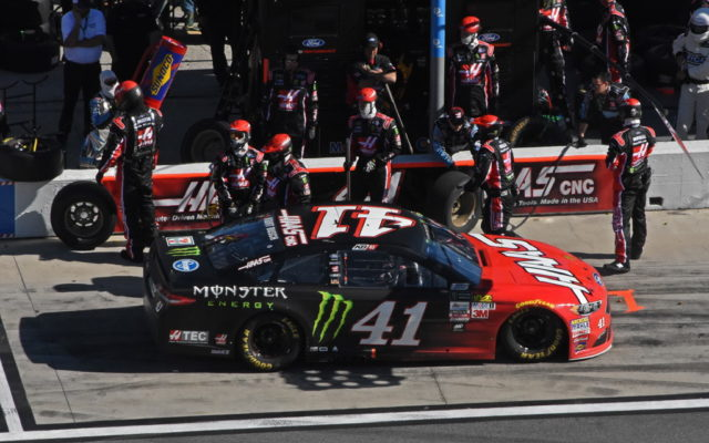 Kurt Busch makes early race pit stop.  [Joe Jennings Photo]