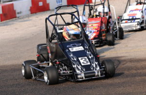 3/4 Midget racing action. [John Wiedemann Photo]