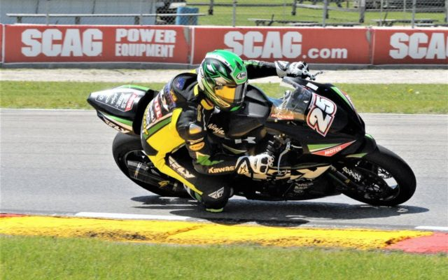 #25 David Anthony (KAWASAKI ZX-10R) in turn 3 at Road America on Friday.  [Dave Jensen Photo]
