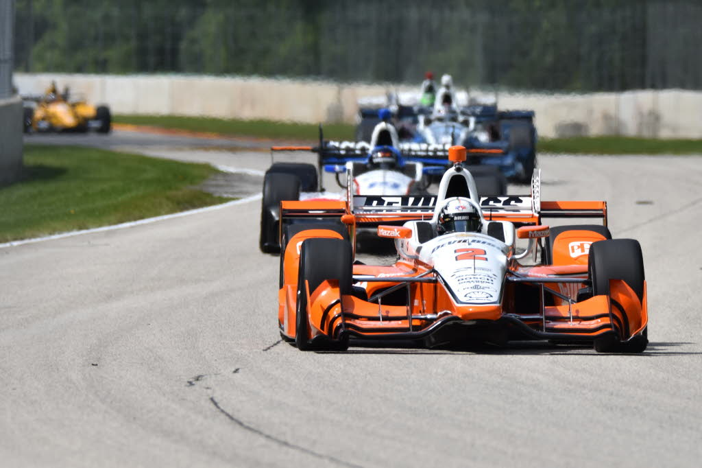 Castroneves leads Penske march at Road America qualifying