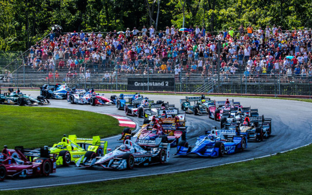 Start of the Honda Indy 200   [Andy Clary Photo]