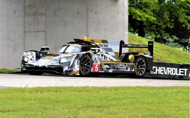 #5 Joao Barbosa/Christian Fittipaldi (CADILLAC DPI).  [Dave Jensen Photo]