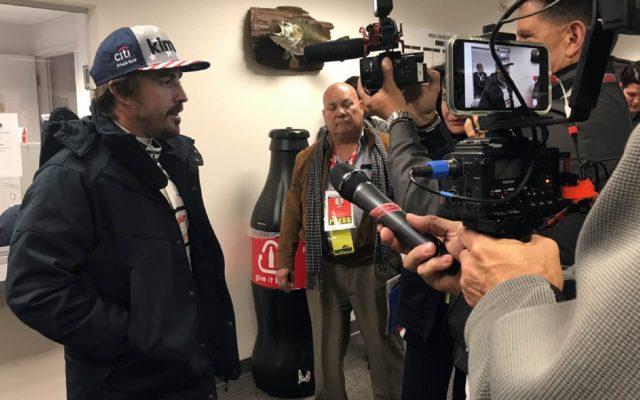 Fernando Alonso, surrounded by Media.  [photo by Eddie LePine]