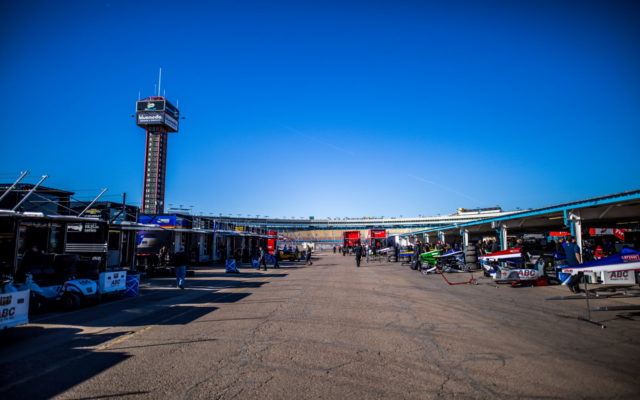 ISM Raceway host of the Verizon IndyCar Series preseason test. [credit Andy Clary / Spacesuit Media]