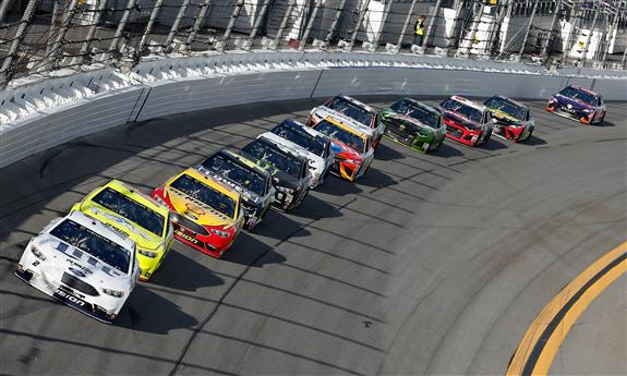 Brad Keselowski and Ryan Blaney lead the field during the Monster Energy NASCAR Cup Series Advance Auto Parts Clash at Daytona International Speedway