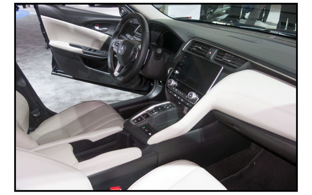 Interior Honda Insight  [Allan Brewer photo]