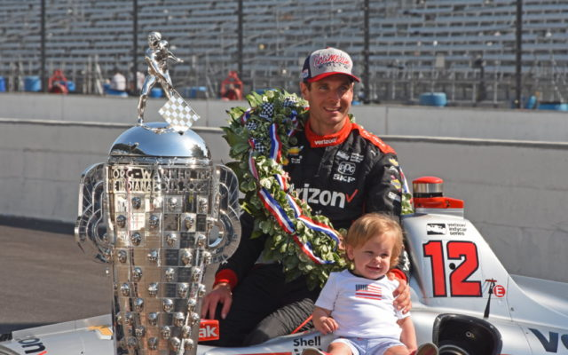 Will Power and son Beau on photo day.  [Joe Jennings Photo]