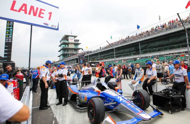 Stefan Wilson, waiting to qualify for the Indianapolis Motor Speedway. © [Andy Clary / Spacesuit Media]
