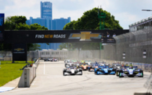 The start of Round Two of the Detroit Grand Prix at Belle Isle.  © [Andy Clary / Spacesuit Media]