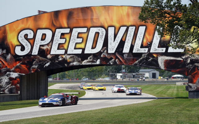 Road America race action.  [Photo by Jack Webster]