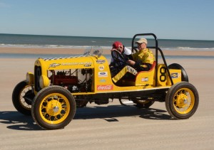 Vintage cars on Daytona beach  [Joe Jennings Photo]