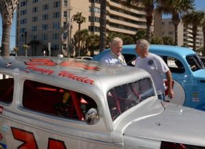 Humpy Wheeler greets on-lookers after parade. [Joe Jennings Photo]
