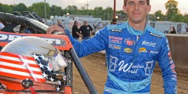 Jarett Andretti prepares to go racing.  [Joe Jennings Photo]