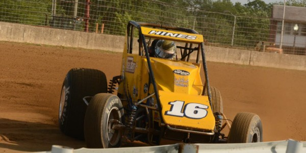 Fast qualifier Tracy Hines powers through turn 1.  [Joe Jennings Photo]