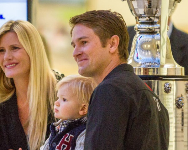 Ryan Hunter-Reay with wife Beccy and son Ryden.   [Andy Clary Photo]