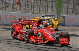Winner Scott Dixon staves off challenge by Simon Pagenaud in turn 6 early-on. [Joe Jennings Photo]