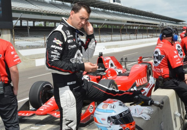 Graham Rahal gets ready to practice on Tuesday.  [Russ Lake Photo]