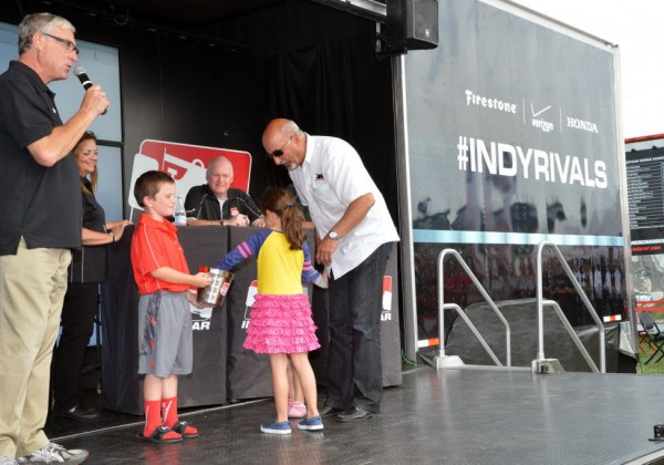 Bobby Rahal's granddaughters participate in the qualifying draw for drivers Graham Rahal and Oriol Servia.  [Russ Lake Photo]