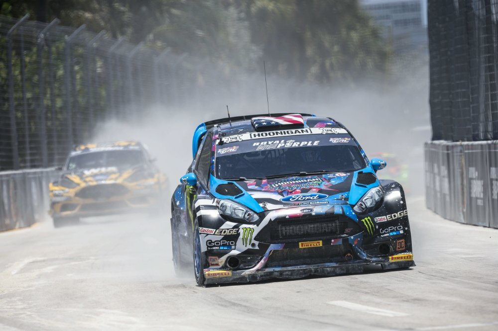 Ken Block races during finals at Red Bull Global Rallycross in Fort Lauderdale, Florida, USA on 31 May 2015. [Garth Milan/Red Bull Content Pool]