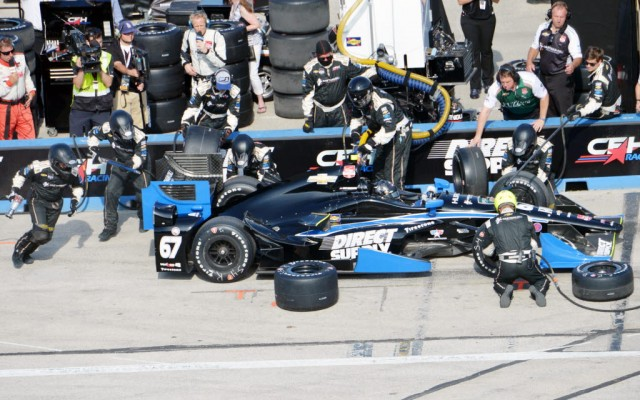 Josef Newgarden comes to the attention of his crew during the ABC Supply Co. Wisconsin 250.  [Russ Lake Photo]