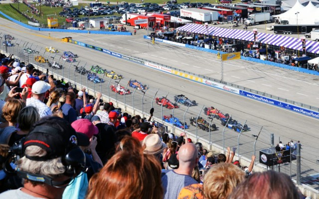 The start of the ABC Supply Co. Wisconsin 250 Verizon IndyCar Series race at the Milwaukee Mile.  [Russ Lake Photo]
