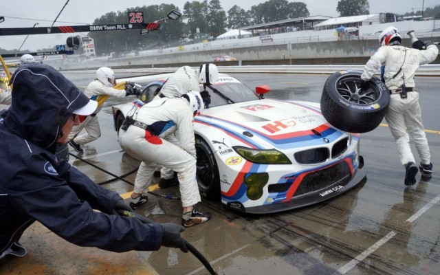 BMW pit stop.  [Jack Webster Photo]