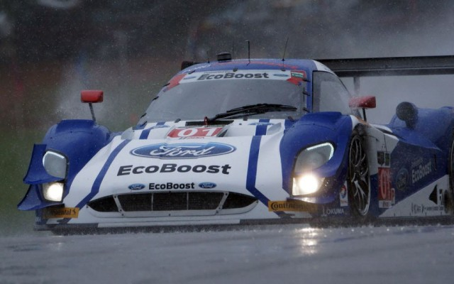 Ganassi Ford in a downpour.  [Jack Webster Photo]