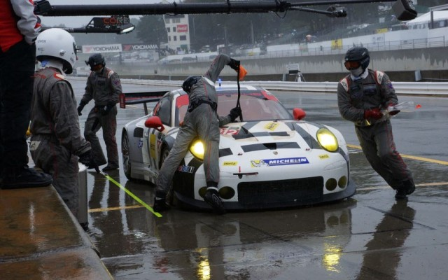 Porsche pit stop.  [Jack Webster Photo]