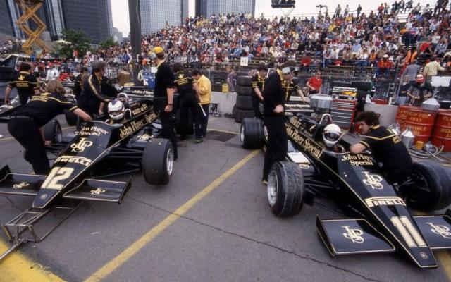 JPS Team Lotus, Detroit Grand Prix 1983.  [Photo by Jack Webster]