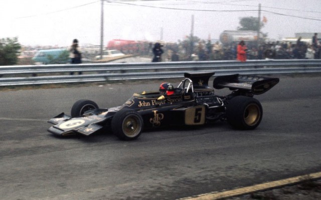 Emerson Fittipaldi in the JPS Lotus in 1972.  [Photo by Jack Webster]