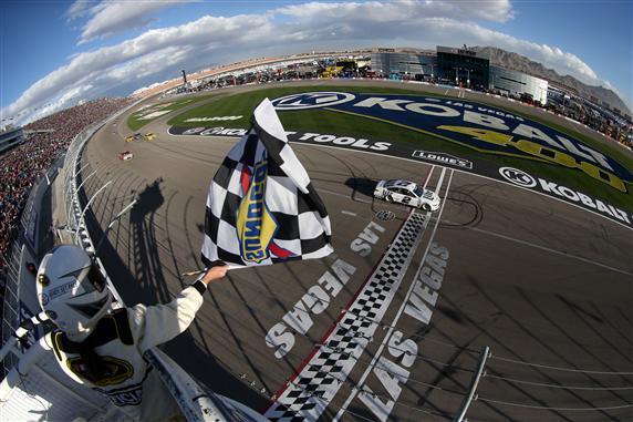 Brad Keselowski, the Kobalt 400 at Las Vegas Motor Speedway defending champion, is looking for two wins in a row in 2017. [Credit: Sean Gardner/NASCAR via Getty Images]