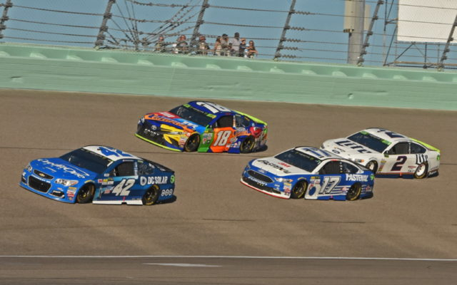 In early race action, Kyle Larson powers into lead over Kyle Busch, Ricky Stenhouse and Brad Keselowski.  [Joe Jennings Photo]