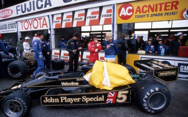 Mario Andretti's Lotus 78 at Mosport in 1977.  [Photo by Jack Webster]