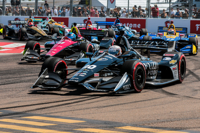 Jordan King (20), Robert Wickens (6) and Alexander Rossi (27) battle for position at the Grand Prix of St Petersburg. [credit Andy Clary / Spacesuit Media]