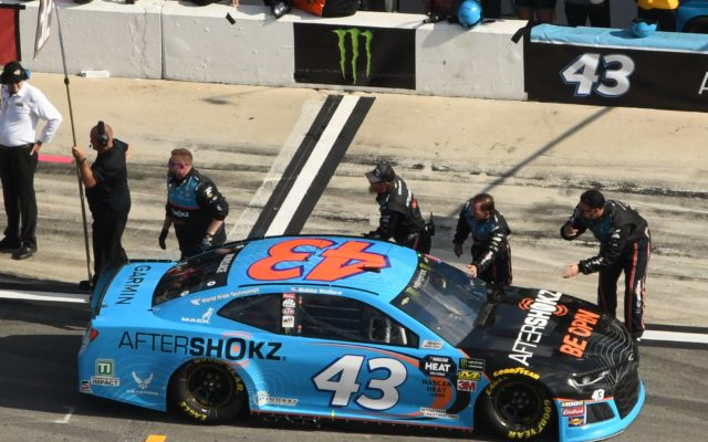 Bubba Wallace's crew gives a send-off before the race starts.  [Joe Jennings Photo]
