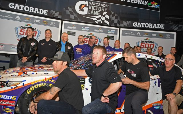 Winning crew pose with winning Toyota Camry.  [Joe Jennings Photo]