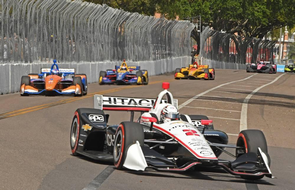 Josef Newgarden leads field in early in the Grand Prix of St Petersburg. [Joe Jennings Photo]