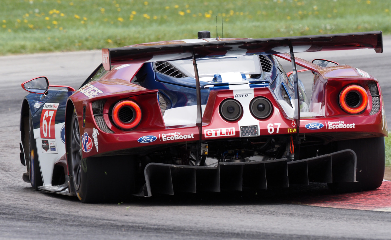 Ford GT. M. Zuiko ED 300mm F4.0 IS PRO. [Photo by Jack Webster]